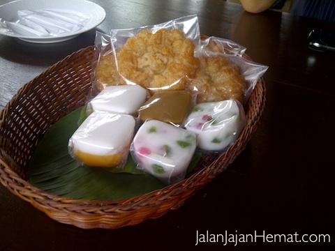 Kue Kampoeng
