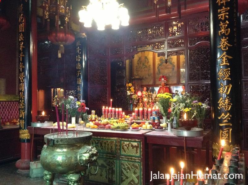 Altar pemujaan
