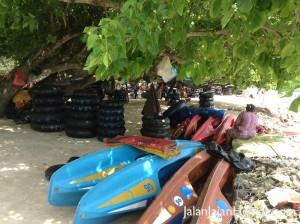 Penyewaan ban & perahu kano