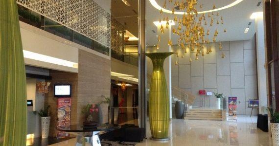 Review Hotel Mercure Padang