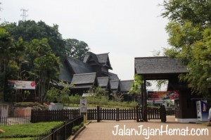 Malacca Sultanate Palace (Cultural Museum)