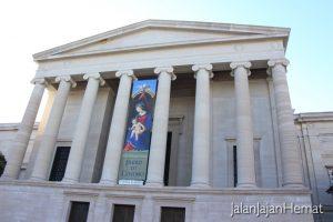 Smithsonian American Art Museum - Outside