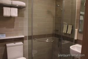Kamar mandi tipe Superior Room