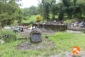 Makam penduduk korban erupsi