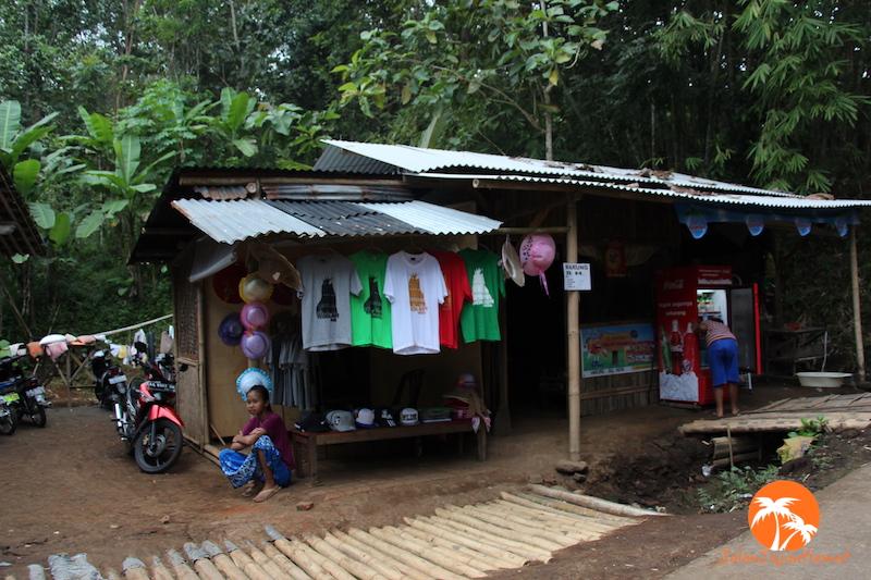 Warung penjual minuman & souvenir