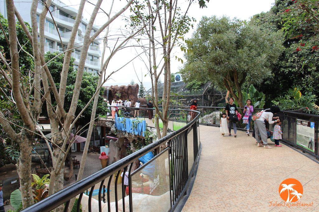 Batu Secret Zoo Jatim Park Malang Jalan Jajan Hemat